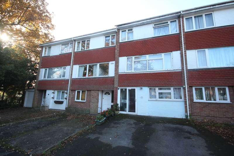 5 Bedrooms Terraced House for sale in Farnham Close, Bracknell