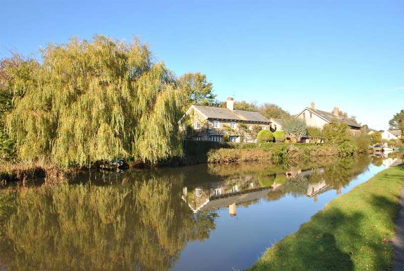 4 Bedrooms House for sale in Higher Wharf, Bude