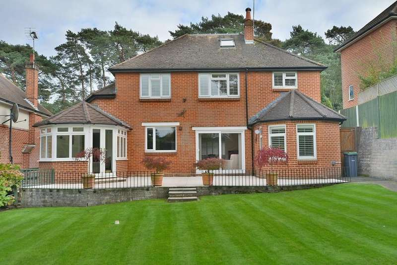 5 Bedrooms Detached House for sale in St Georges Avenue, Queen's Park, Bournemouth