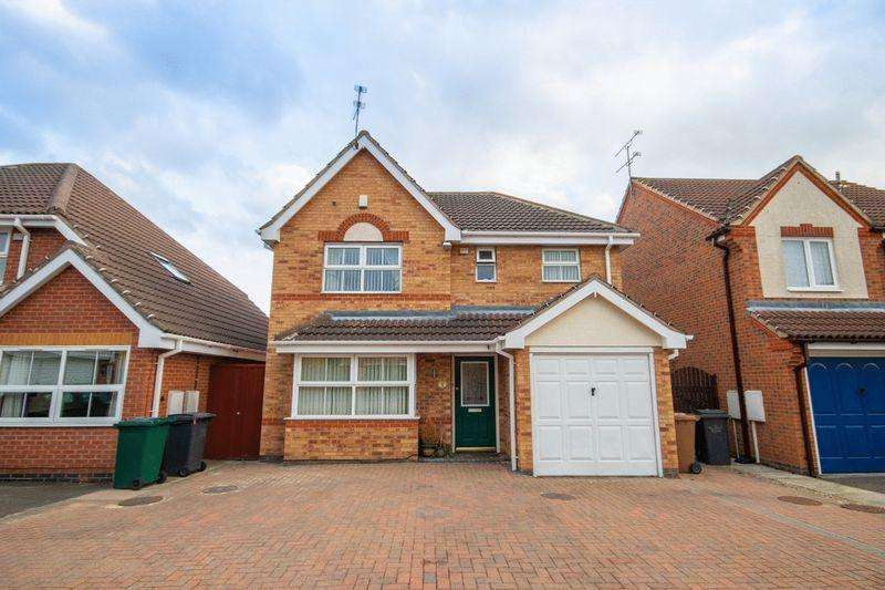 4 Bedrooms Detached House for sale in WITTON COURT, STENSON FIELDS