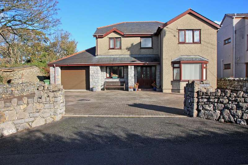 4 Bedrooms Detached House for sale in Pontllyfni, North Wales