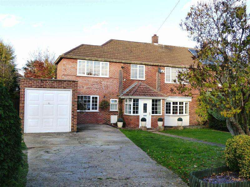 5 Bedrooms Semi Detached House for sale in Cookham