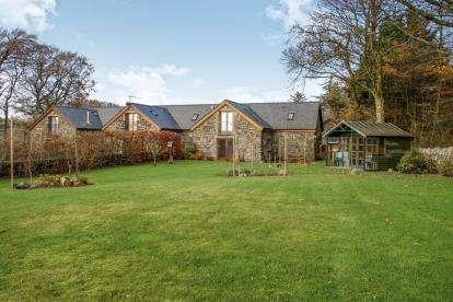 3 Bedrooms Barn Conversion Character Property for sale in Llys Trefor Barns, Llandsadwrn, Menai Bridge, Anglesey, LL59