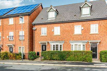 4 Bedrooms Semi Detached House for sale in Cherry Avenue, Openshaw, Manchester, Greater Manchester