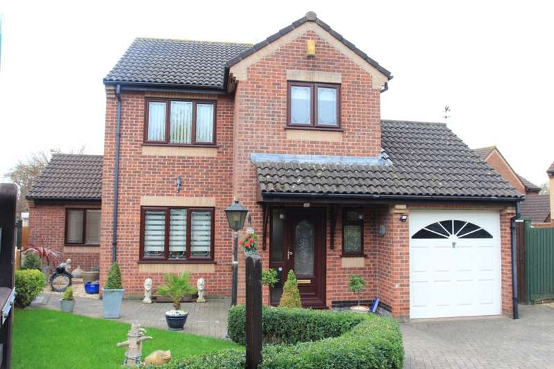 3 Bedrooms Detached House for sale in Howes Close, Barrs Court, BS30