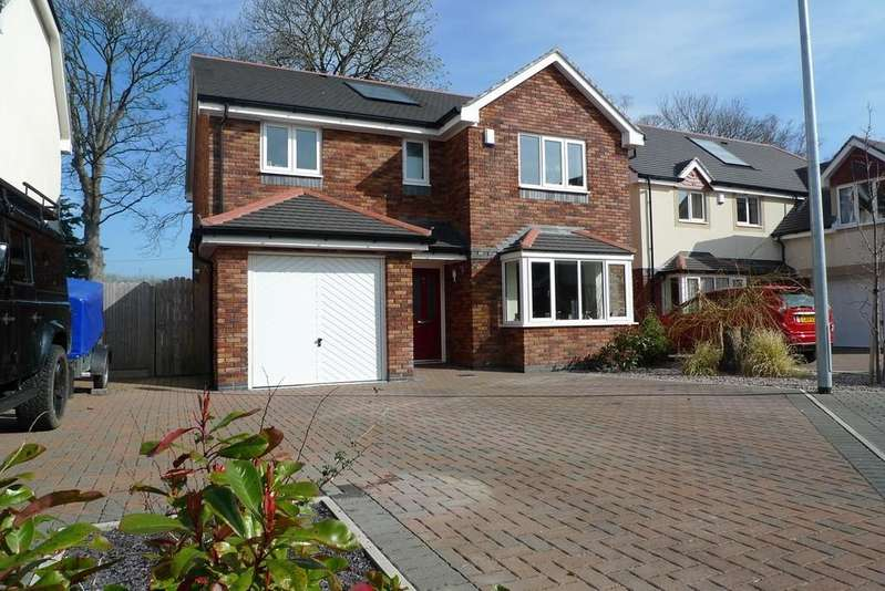 4 Bedrooms Detached House for sale in Awel Y Castell, Llandudno Junction