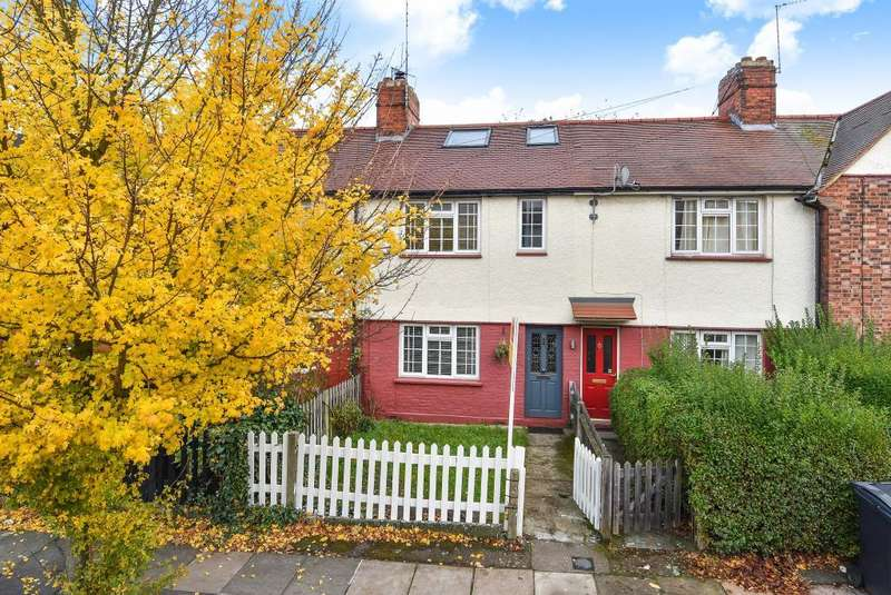 3 Bedrooms House for sale in Hill Road, Muswell Hill, London, N10