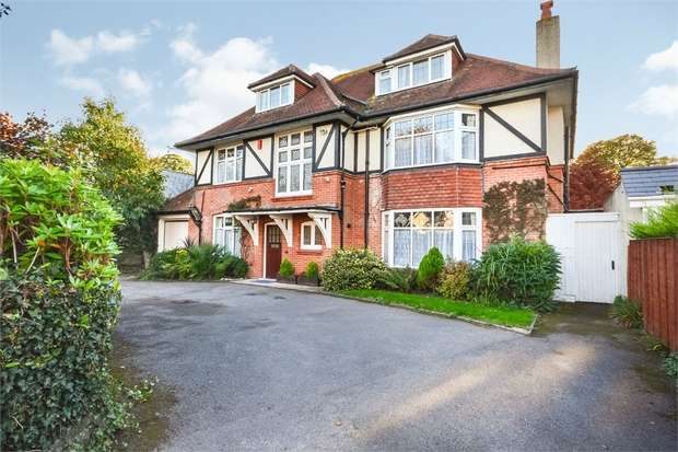 6 Bedrooms Detached House for sale in Keswick Road, Boscombe Manor, Bournemouth
