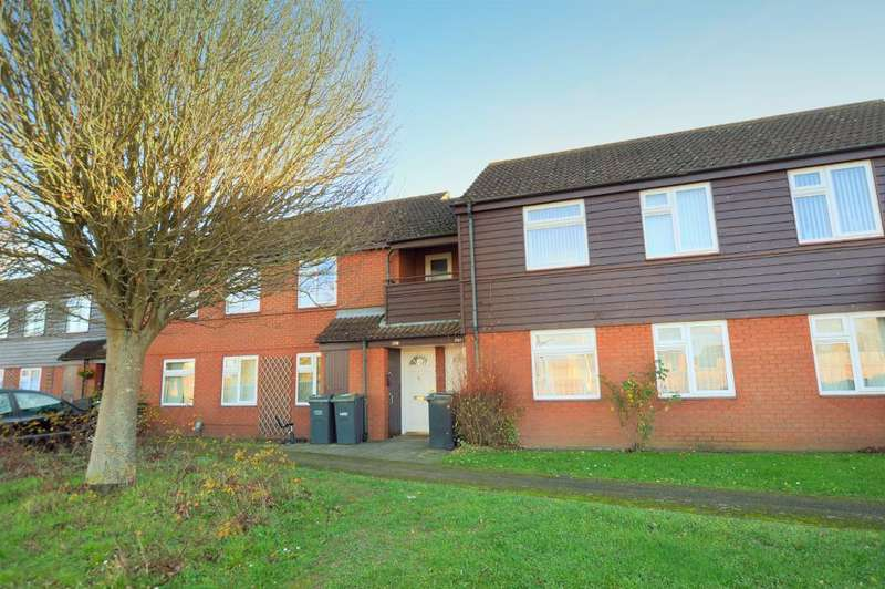 2 Bedrooms Maisonette Flat for sale in Wheatfield Road, Luton, Bedfordshire, LU4 0TD
