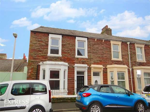 2 Bedrooms End Of Terrace House for sale in Warwick Place, Workington, Cumbria