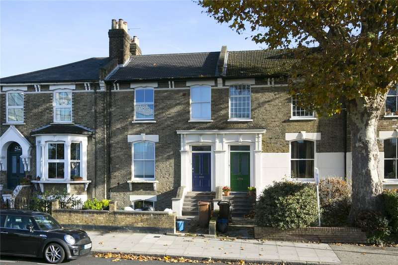 2 Bedrooms Flat for sale in Cecilia Road, Hackney, E8