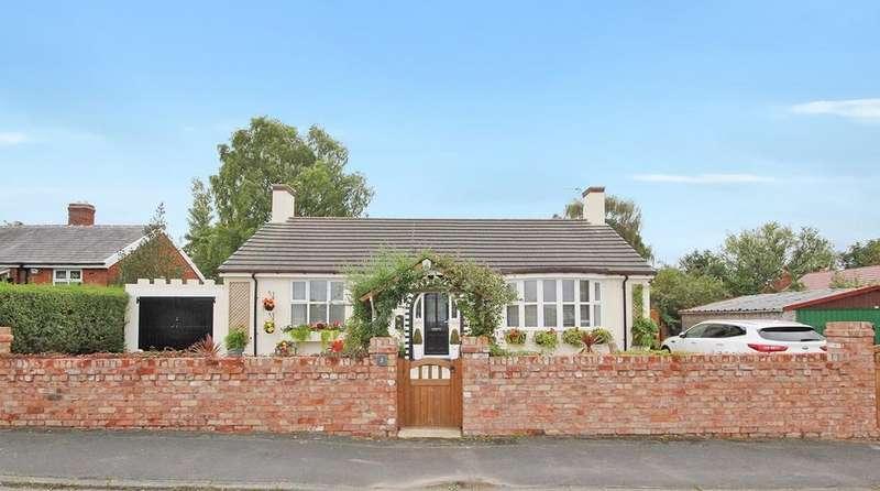 3 Bedrooms Detached Bungalow for sale in Forshaws Lane, Burtonwood, Warrington, WA5