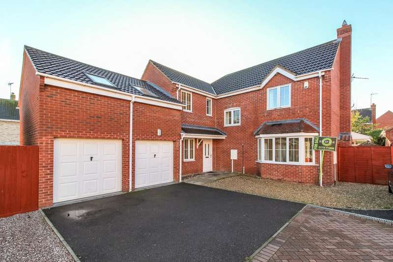 5 Bedrooms Detached House for sale in Walnut View, Spalding