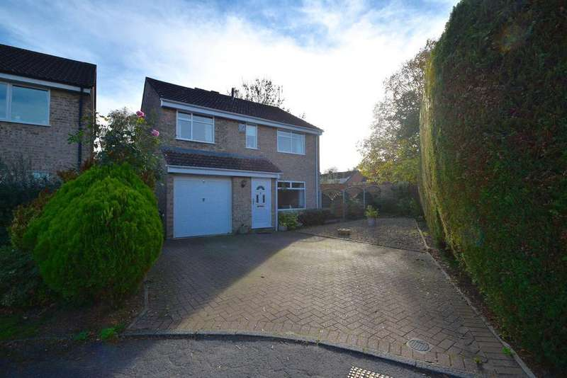 4 Bedrooms Detached House for sale in Hartley Close, Chipping Sodbury, Bristol, BS37