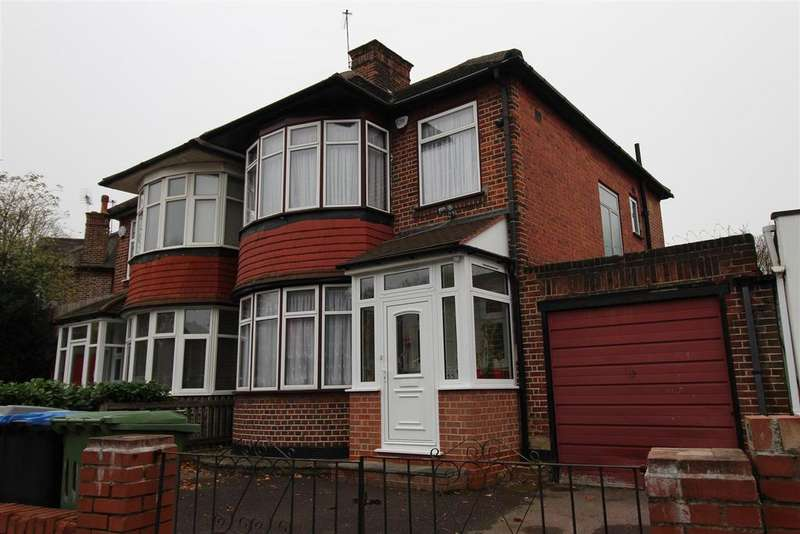 3 Bedrooms House for sale in Drayton Road, London
