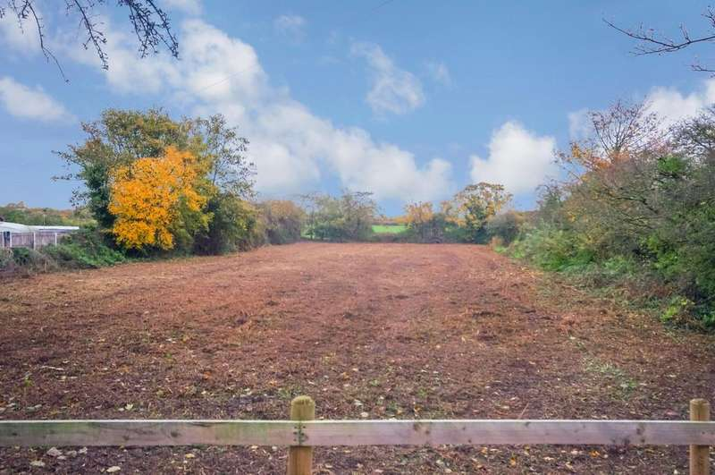 Land Commercial for sale in Tan Lan, Ffynnongroyw