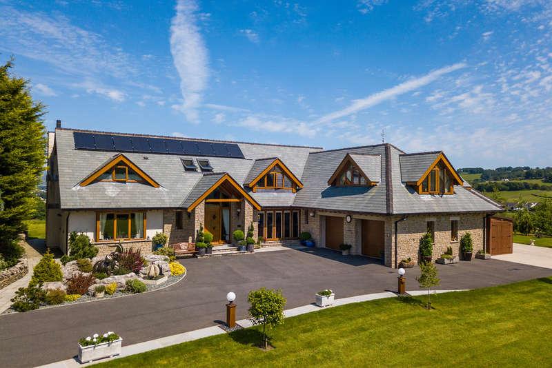6 Bedrooms Detached House for sale in Brow Head, Burton Road, Kendal, Cumbria LA9 7PP