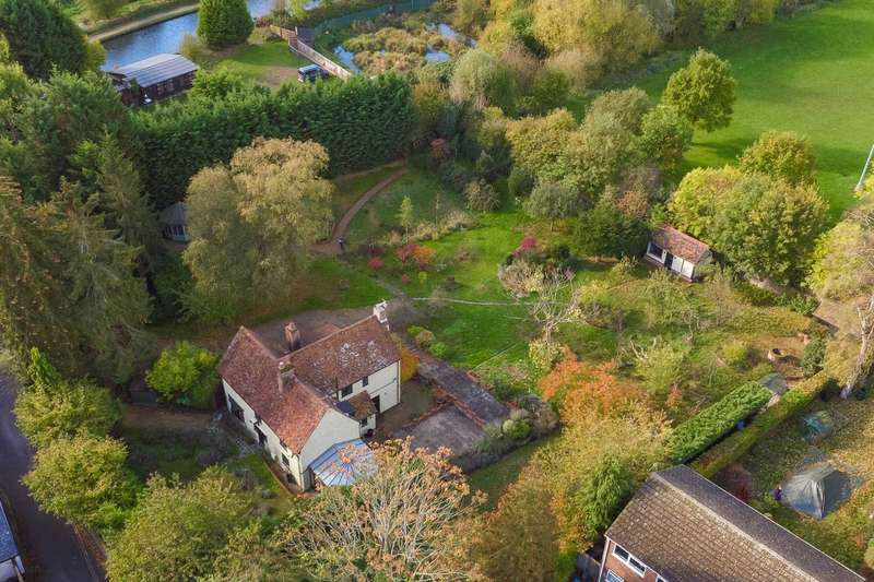 4 Bedrooms House for sale in Old Fishery Cottage, Old Fishery Lane