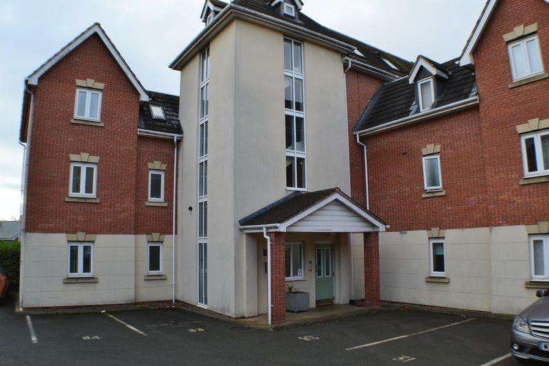 2 Bedrooms Apartment Flat for sale in Southfield Road, Hinckley