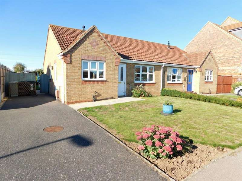 2 Bedrooms Bungalow for sale in Faldos Way, Mablethorpe, LN12 1NF