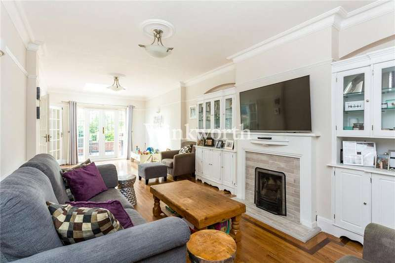 5 Bedrooms Semi Detached House for sale in Morton Way, London, N14