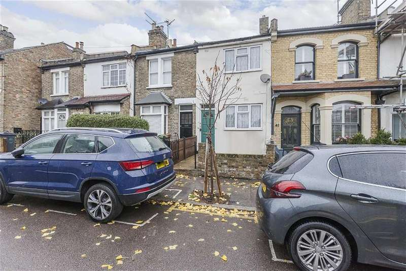 2 Bedrooms House for sale in Barclay Road, Walthamstow