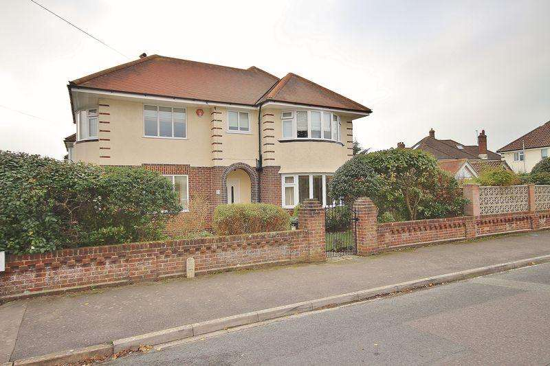 3 Bedrooms Detached House for sale in Newstead Road, Southbourne, Bournemouth
