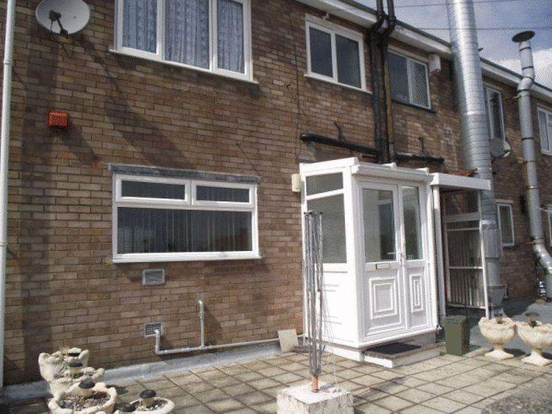 3 Bedrooms Terraced House for sale in East Dundry Road, Whitchurch, Bristol