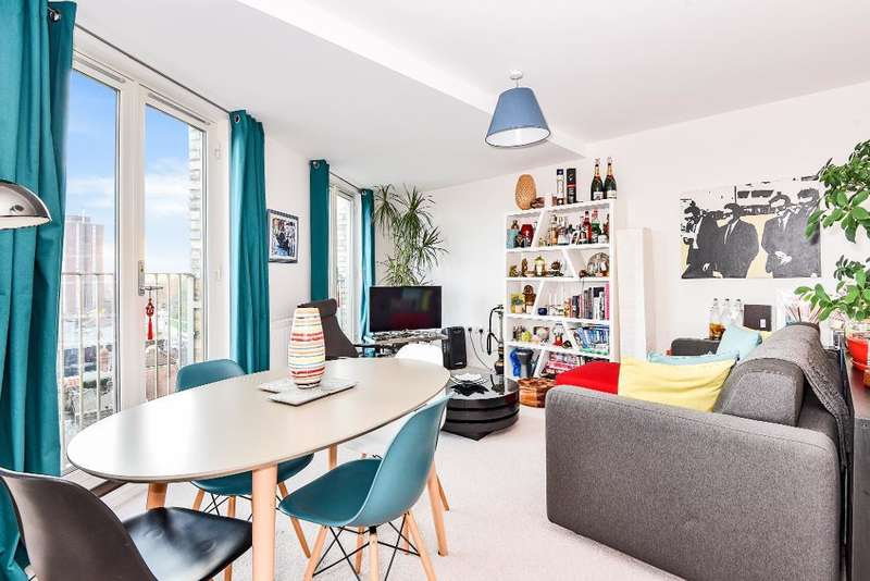 2 Bedrooms Flat for sale in Fore Street, Edmonton, London, UK, N18 2FF