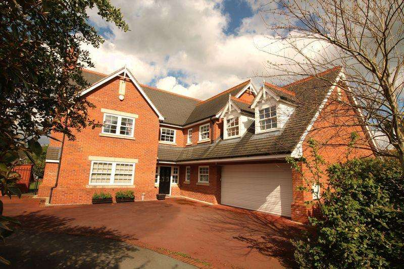 5 Bedrooms Detached House for sale in Dove Meadow, Baschurch, Shrewsbury, SY4 2GA