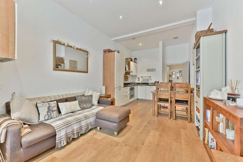 2 Bedrooms Apartment Flat for sale in Cavendish Road, London