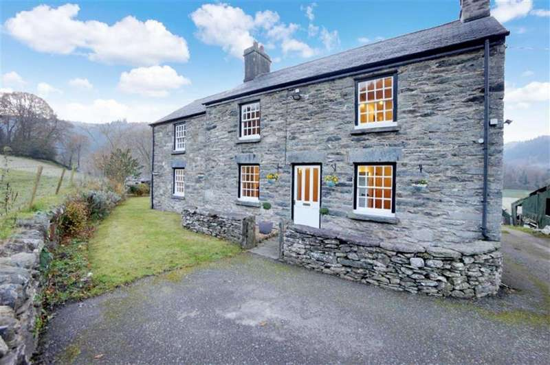 5 Bedrooms Detached House for sale in Llanrwst Road, Betws Y Coed, Conwy