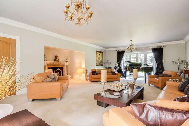 5 Bedrooms Detached House for sale in Webb Estate, Purley, Surrey