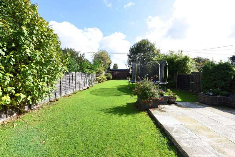 3 Bedrooms Terraced House for sale in North Street, Kingsclere, Newbury, Hampshire, RG20