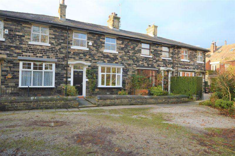 3 Bedrooms Town House for sale in Wellington Lodge, Littleborough