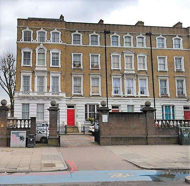 2 Bedrooms Flat for sale in Bow road, London, London, E3 4DH