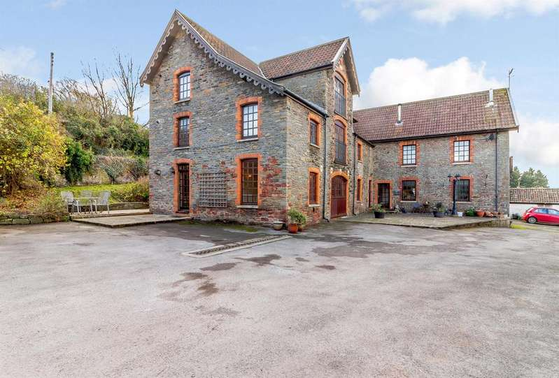 3 Bedrooms Ground Flat for sale in Caswell Lane, Clapton in Gordano, North Somerset, BS20 7RT