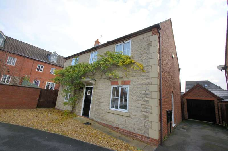 4 Bedrooms Detached House for sale in Fairview Drive, Adlington