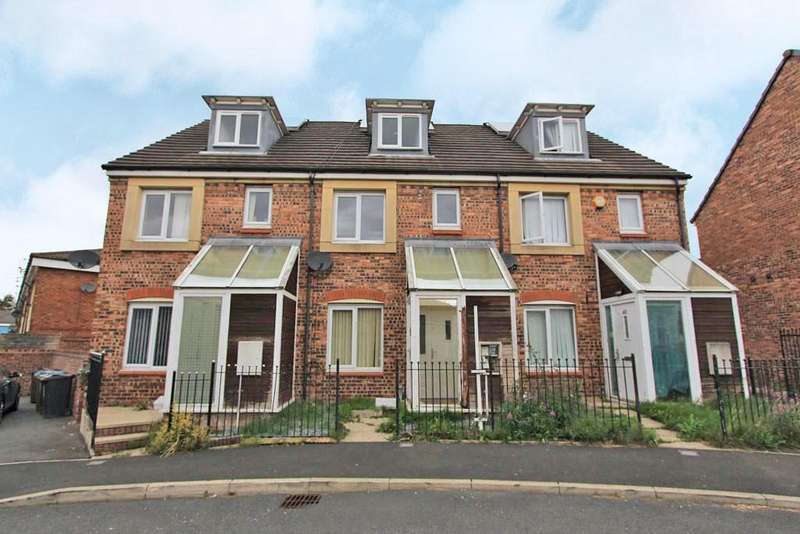 4 Bedrooms Terraced House for sale in Barmouth Walk, Oldham, Lancashire, OL8