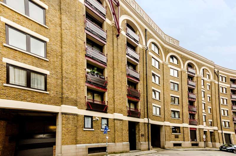 4 Bedrooms Flat for sale in Wapping High Street, Wapping, E1W