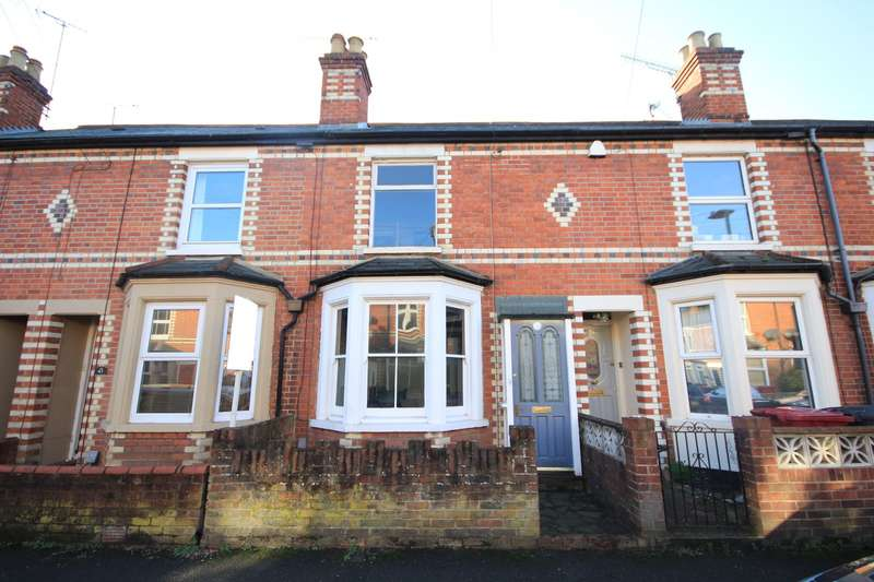3 Bedrooms Terraced House for sale in King's Road, Caversham, Reading, RG4