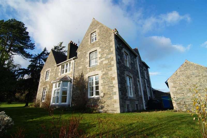 7 Bedrooms Detached House for sale in Llanfairtalhaiarn, Abergele