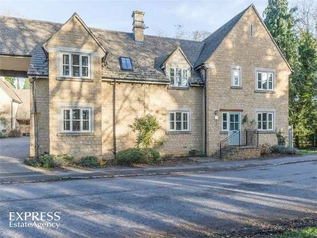4 Bedrooms Link Detached House for sale in Bridge Street, Kings Cliffe, Peterborough, Northamptonshire
