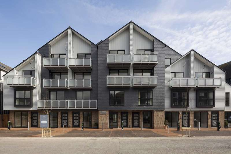 3 Bedrooms Town House for sale in Falcon Wharf, Railway Lane, Lewes