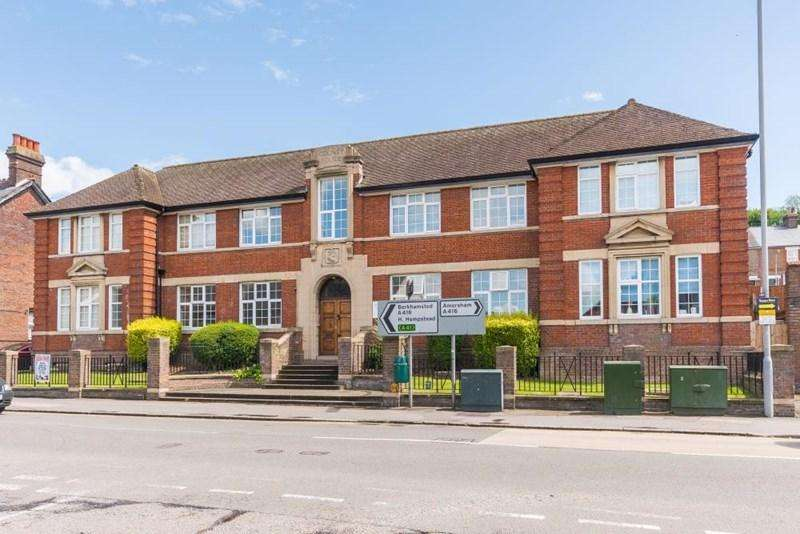 1 Bedroom Apartment Flat for sale in Copsham House, Chesham