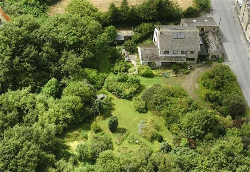 7 Bedrooms Detached House for sale in Wallnook Lane, Cumberworth, Huddersfield
