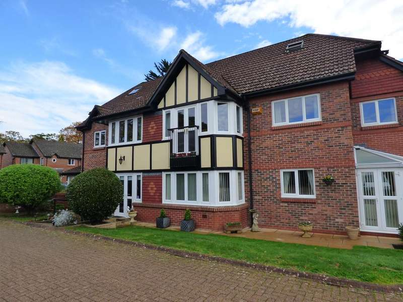 3 Bedrooms Apartment Flat for sale in Boakes Place, Totton SO40