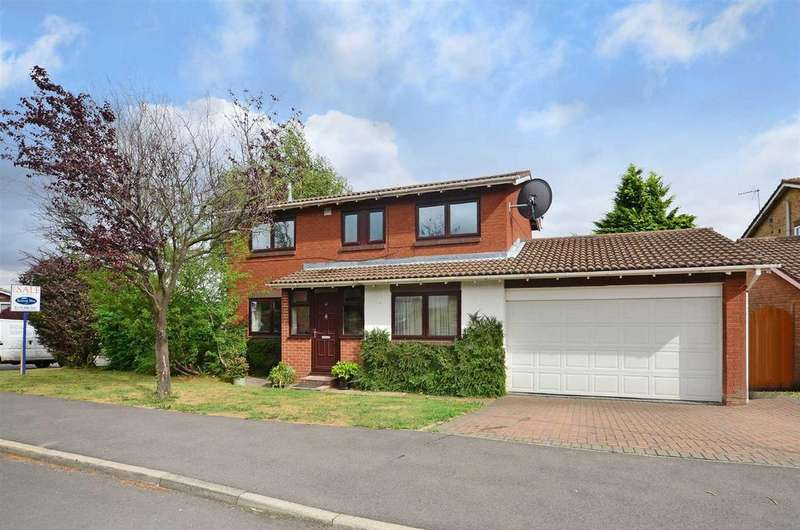 3 Bedrooms Detached House for sale in Wyvern Gardens, Sheffield