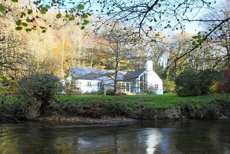 4 Bedrooms Detached House for sale in Nevern, Near Newport