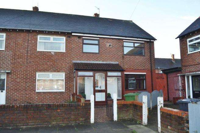 3 Bedrooms Property for sale in Downside Close, Netherton